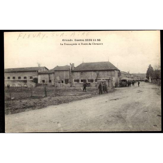 55 - FLEURY SUR AIRE (Meuse) - La Fromagerie et Route de Clermont en Argonne