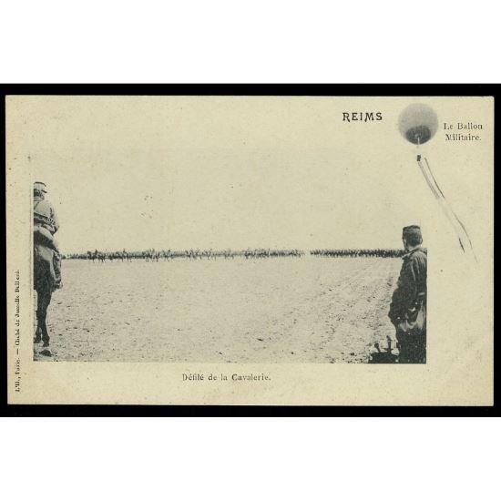 51 - REIMS (Marne) - Le Ballon Militaire - Défilé de la Cavalerie