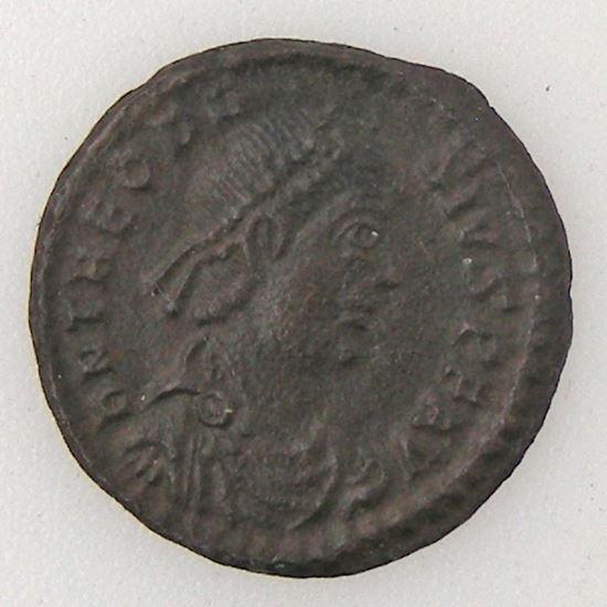 THEODOSIUS I, Nummus, R/ VOT V MVLT X, TTB