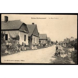 02 - SAINS RICHAUMONT (Aisne) - La Rue d'Arbes