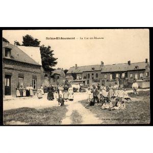 02 - SAINS RICHAUMONT (Aisne) - La Rue des Mazures