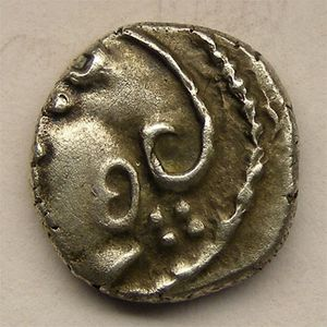 Photo numismatique Monnaies Gauloises Eduens Denier à la tête casquée