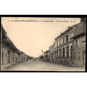 51 - PASSAVANT EN ARGONNE (Marne)  - La Grande Rue - Ecole de Filles