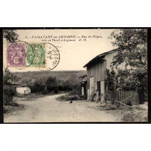 51 - PASSAVANT en ARGONNE (Marne) - Rue du Pâquis, vers la Forêt d'Argonne