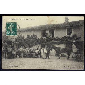 51 - PROSNES (Marne) - Cour de l'Hôtel GODIN - RARE