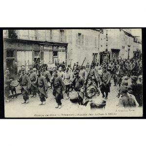 51 - REIMS (Marne) - Prisonniers Allemands dans les Rues de Reims - Guerre de 1914