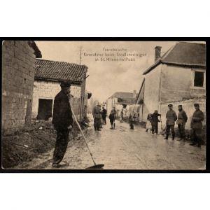 51 - SAINT HILAIRE LE PETIT (Marne) - Französische Einwohner beim Straßenreinigen in St Hilaire