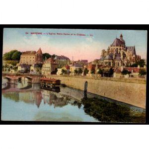 53 - Mayenne - L'Eglise Notre Dame et le Château