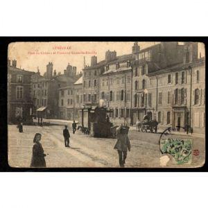 54 - LUNEVILLE - Place du Château et Tramway Lunéville-Einville