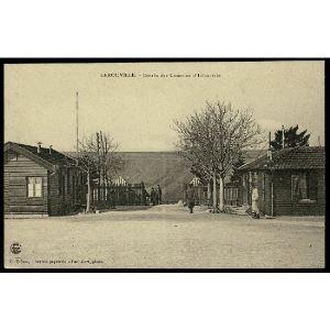 55 - LEROUVILLE (Meuse) - Entrée des Casernes d'Infanterie