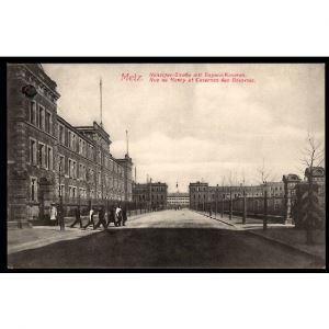57 - METZ  (Moselle) - Rue de Nancy et Casernes des Bavarois