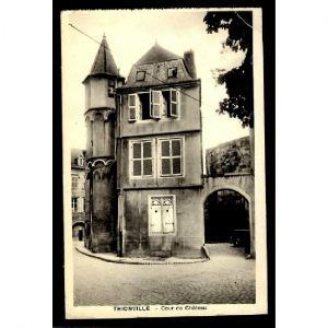 57 - THIONVILLE - Cour du Château