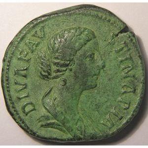 Photo numismatique Monnaies Empire Romain FAUSTINE JUNIOR (épouse de Marc-Aurèle) Sesterce