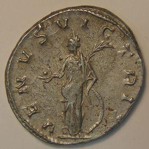 Photo numismatique Monnaies Empire Romain SALONINE (Femme de Gallien) Antoninien
