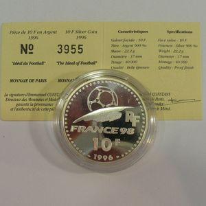 Photo numismatique Monnaies Françaises Monnaies commémoratives Gadoury C167. Idéal du Football