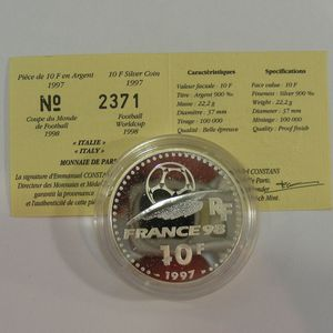 Photo numismatique Monnaies Françaises Monnaies commémoratives Gadoury C172. Italie