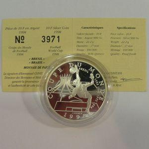 Photo numismatique Monnaies Françaises Monnaies commémoratives Gadoury C212. Brésil