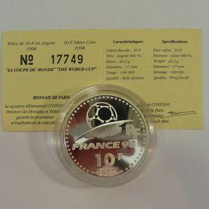 Photo numismatique Monnaies Françaises Monnaies commémoratives Gadoury C213. Coupe du Monde