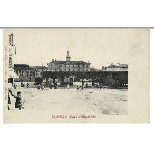 COMMERCY - Place de l'Hôtel de Ville