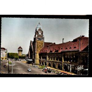 METZ - La Place de la Gare - Station Place