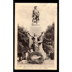 METz - Monument du Poilu, Inauguré le 5 juin 1922, sur l'Emplacement de la Statue Guillaume 1er
