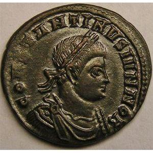 Monnaie romaine, empereur, Constantin II, centenionalis ou nummus, R/ DOMINOR NOSTROR CAESS // VOT X