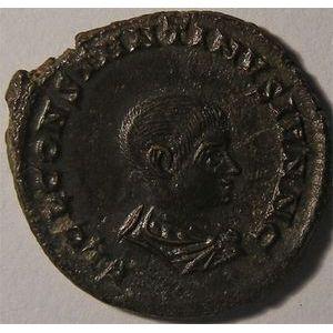 Monnaie romaine, empereur, Constantin II, Constantinus II, follis ou nummus, R/ PRINCIPI IVVENTVTIS