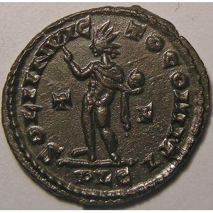 Monnaie romaine, empire romain, Constantin I, Constantinus I, Follis, R/ SOLI INVICTO COMITI, 3.81 Grs, SUP