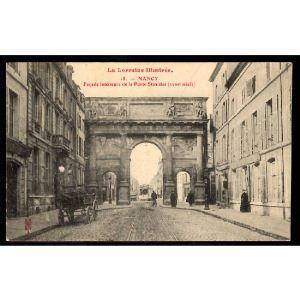 NANCY - Façade Intérieurn de la Porte Stanislas (XVIIIe Siècle)