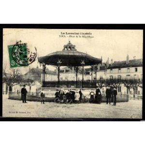 TOUL - Place de la République