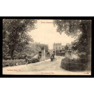TOUL - Porte Jeanne d'Arc