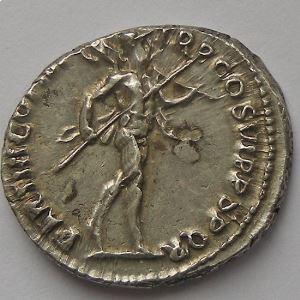 Trajan, Traianus,  Dupondius, R/ PARTHICO P M TR P COS VI PP SPQR , SUP