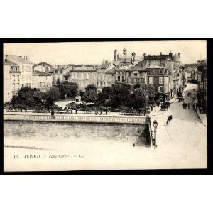 VERDUN - Place Chevert
